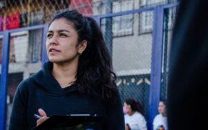 """Juliana Román Lozano """"La primera sensación que tuve jugando al fútbol fue de libertad"""""""