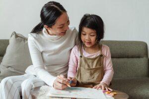 ¿Por qué es importante la estimulación temprana en los niños y niñas?