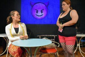 Mi primera cita LGBT, una obra de teatro
