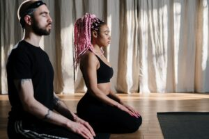 4 posturas de yoga para principiantes